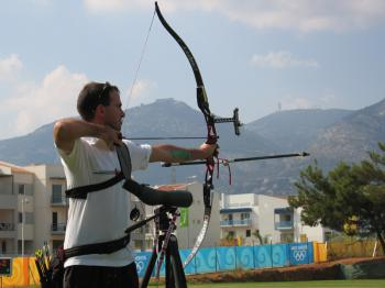 Jonathan shooting at Athens 2004 Olympics